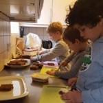 Køkken-medhjælpere
